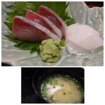 寿司家天神本店 - *お刺身は「イカ」と「カンパチ」でした。お鮨屋さんだけありきれいな切り身です。 アラ汁も普通に美味しい。