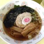 中野満点食堂 - 醤油ラーメン410円(税込)