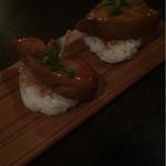 横浜肉バル 502 - 追加のフォアグラ寿司も美味しい
