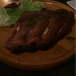 横浜肉バル 502 - リブはうーん