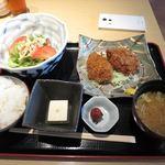 44653524 - 魚沼こしひかり定食_2015/11