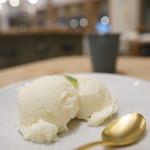シロ カフェ - さけかすアイス
