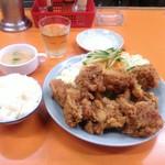 関白 - 唐揚げ定食
