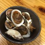 ツバメヤ - 赤貝の小さい版のよう。甘く煮てあった。旨い。