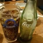 居酒屋ビッグ - スカッと爽やかコカコーラ