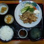 はまなす - 料理写真:生姜焼定食(1020円)