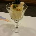 割烹 山さき - 先付:帆立のテリーヌ 蟹の三杯酢とキャビア添え
