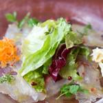 ブション・プロヴァンサル Chez AZUMA - 伊勢から入荷した鮮魚(シマアジ)のマリネ