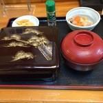 お食事 八千代 - 料理写真:うな重上(肝吸い付き)3,500円