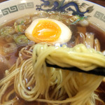 高松 - ストレート麺とスープの相性が抜群です