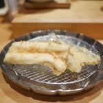 天ぷらめし 金子半之助  - ハタハタと半分の穴子
