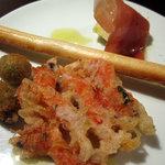 バンブー - Stuzzichino~金時海老、オリーブのフライ、プロシュートと水茄子、グリッシーニ