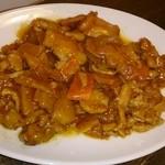 燕燕 - 鶏肉と野菜の炒めピリ辛山椒風味