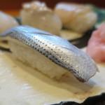 喜久寿司 - こはだアップ