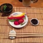 あやとり - 甘い味噌をつけて食べる絶品生野菜。