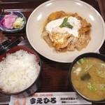 すえひろ食堂 - カツ煮定食(税抜762円)