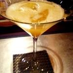 バー ブリーズ - [シンデレラ] オレンジジュース+グレープフルーツジュース+レモンジュース ¥500 ※メニューにありました。