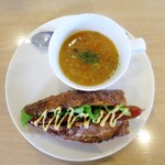 SONKA - 食べるスープ、ホットドッグ