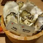 産直牡蠣 浜焼きセンター さかなや道場 - 料理写真:牡蠣3種食べ比べ