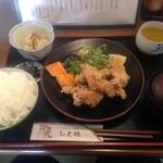 ひと粒 - 2015/11 上林地飼鶏のから揚げ定食 ¥980