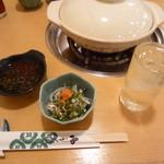 ふぐ茂 - 料理写真:赤霧島 水割り、湯引き