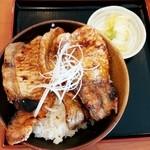 らーめん 豚や - 豚丼(みそスープなし) 730円
