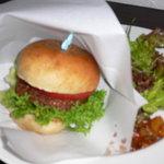ワカバカフェ - 高キビのハンバーガー(880円)