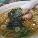 円 - 中華蕎麦350円 葱・海苔・蒲鉾2枚・チャーシュー3枚トッピング