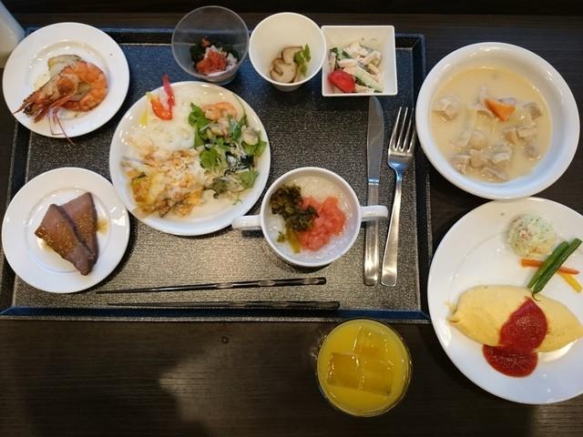 https://tblg.k-img.com/restaurant/images/Rvw/44702/640x640_rect_44702428.jpg
