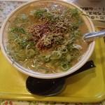 ペガサス - 料理写真:ピリ辛担々麺・中(750円)