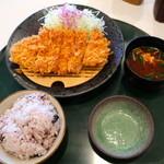 楽一楽座 - 料理写真:ロースかつランチ
