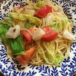 ナストロ  - 貝柱と青野菜のアンチョビソース