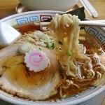 44707147 - 島金の中細縮麺(中華そば)