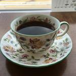 丘珠キッチン - コーヒーカップはMINTON