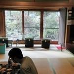 相福庵 - 縁側から望む座敷
