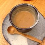 つむじカフェ - 豆乳と黒糖のミルクティー
