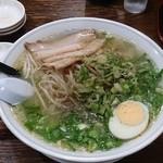 麺屋横手 - 塩ラーメン(大) ¥900-