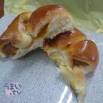 マフィーユ - 北海道かぼちゃパン 162円