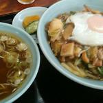 天津飯店 - '15.11.20(金) 中華丼