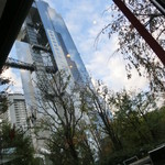 WILLER EXPRESS Cafe - 窓際からスカイビルが見えます