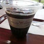 ウィラーエクスプレスカフェ - アイスコーヒー カップにもロゴが
