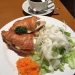 カフェ・デザール ピコ - サンドイッチ&コーヒーセット(960円?かな。本日の深煎りコーヒー、コスタリカにしました)