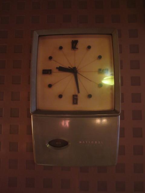 クラウン - ナショナル製のトランジスタ時計