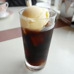 三日月亭 - コーヒーフロート ¥500