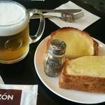 コラソンカフェ - クロックムッシュと生ビール(ハートランド)