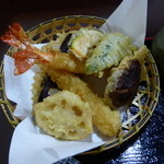 はすみ - かなり、良い 天ぷら盛り合わせ、500円。2015.11.23