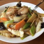 台湾料理 味軒 - あんかけ焼きそば