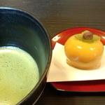 伊くま - 伊くま お抹茶、季節の和菓子