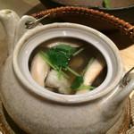 魚菜料理 二代目 みつい - 松茸と鱧の土瓶蒸し