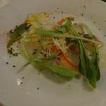 エコール・ド・ニース - 鮮魚のカルパッチョ・ルイユソス レモン風味のオリーブオイル